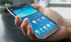 Samsung Smartphone with Curved Display OLED Screen Launched: Here Are The Details