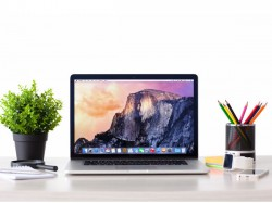 10 Key Differences between Microsoft Surface Book and Apple MacBook Pro!