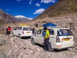Use app to avoid landslide-blocked roads in Sikkim, Darjeeling