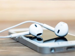 10 iPhone Headphone Tricks You Probably Didn't Know Yet