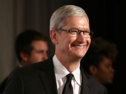 Apple CEO meets Bharti Airtel chief