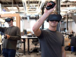Facebook's Oculus working on new VR headset