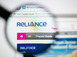 RComm Rolls Out Unlimited Voice Calls to Retain Users from Porting to Reliance Jio