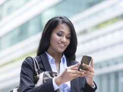 Indian Women Use Their Smartphones More than Men, Says Report