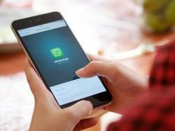 WhatsApp update to bring photo albums feature soon