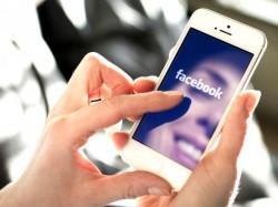 "Facebook main navigation now has an ""Order Food"" option"