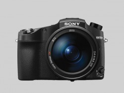 Sony RX10 IV digital camera launched: Features the world's fastest AF acquisition time and more