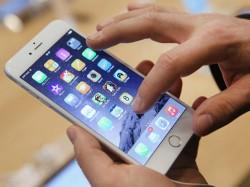 Apple App Store witnessed record $300 million sales on January 1