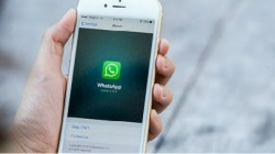 WhatsApp will soon let you control who can add you to a group