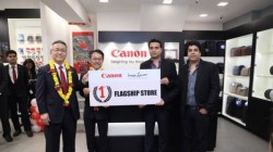Canon opens its first store in India