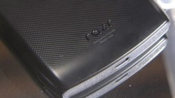 Motorola Says Bumps And Lumps Are Normal For Moto Razr
