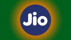 Reliance Jio Adds 35 Lakh Customers In July, Becomes First Telecom Operator To Cross 40 Crore Mark