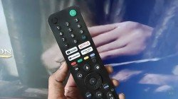 Sony 32W830 Android Smart TV Review: Strictly For Premium Users