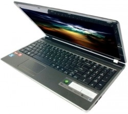 Acer Aspire 5560 Laptop (APU Quad Core A6/ 4GB/ 500GB/ Win7 HB/ 512MB Graph) (NX.RUNS1.001)
