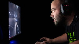 5 ways to make money while playing games
