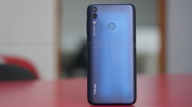 Honor 8C First Impressions: Design and battery stands out