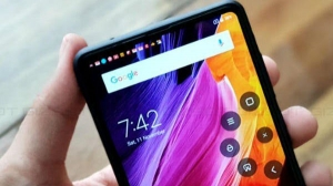 Xiaomi Mi Mix 2S hands-on video and render leaked; stunning design expected