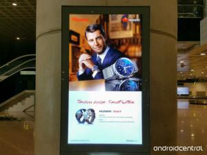 Huawei Round Smartwatch Advert Spotted Ahead of MWC 2015