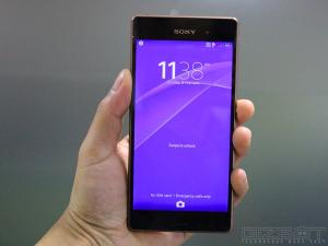 GizBot Tech Deals: Top 10 Sony Xperia Smartphones Available at Best Pr