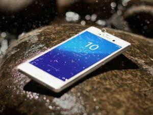 Top-notch Water Resistant Smartphones launched in 2015