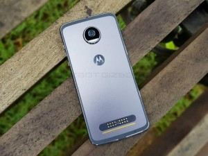 Moto Z2 Play review: A design marvel that gets most of the things right