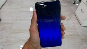 Oppo F9 Pro Review: Eye-catching design with an impressive display