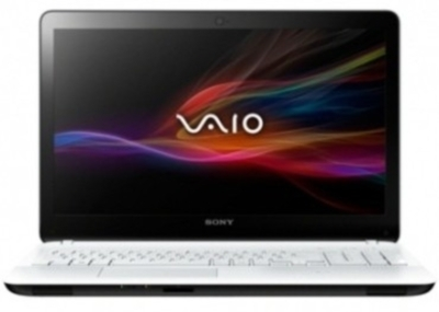 Sony VAIO Fit 15E SVF15318SNW Laptop (4th Gen Ci5/ 4GB/ 500GB/ Win8/ 1GB Graph)
