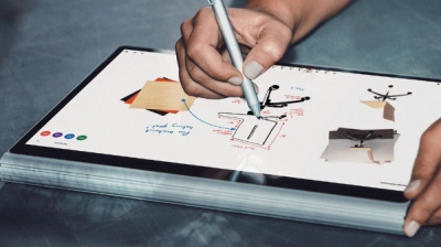 Microsoft Whiteboard app is now available on Windows 10 platform