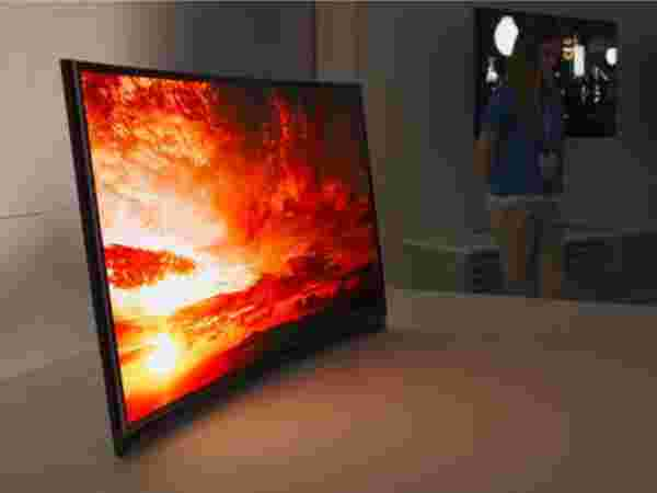 Samsung Curved OLED TV 3