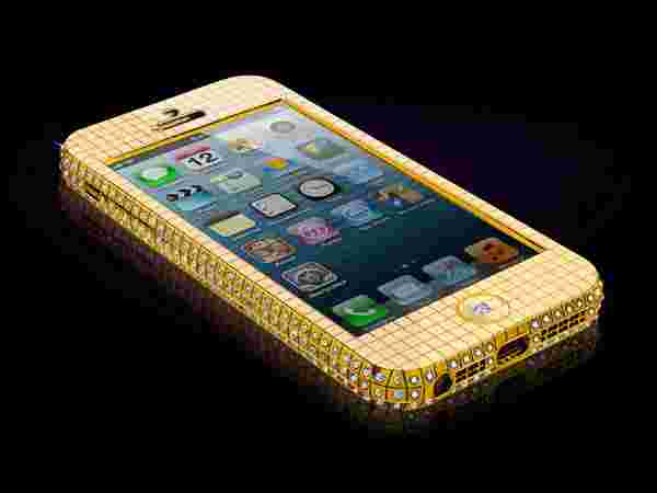 Solid Gold And 364 Diamond Embedded iphone 5
