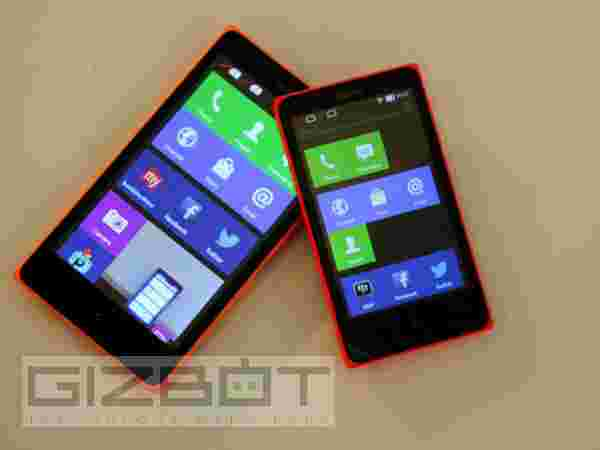 Nokia X Vs Nokia XL: Display And Dimensions