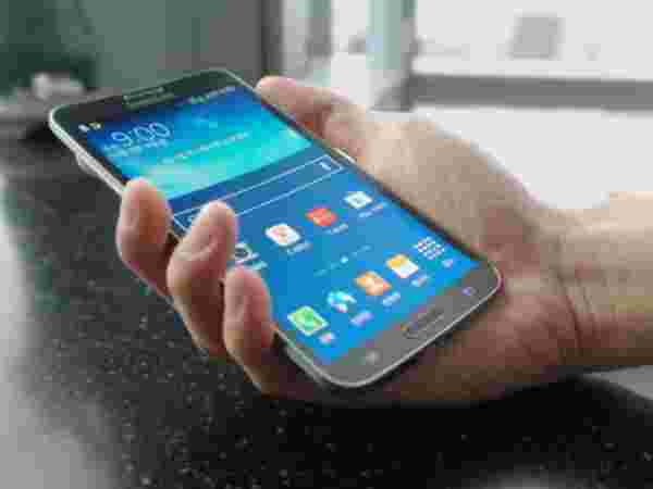 Samsung Galaxy Round: The world's first smartphone with curved display
