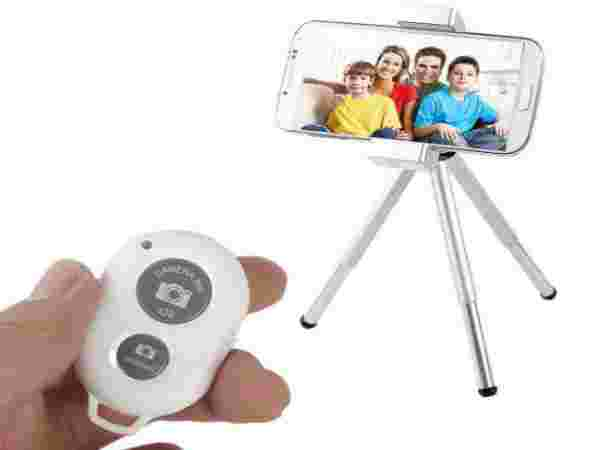 New Wireless Camera Bluetooth Remote Shutter at price of Rs 299
