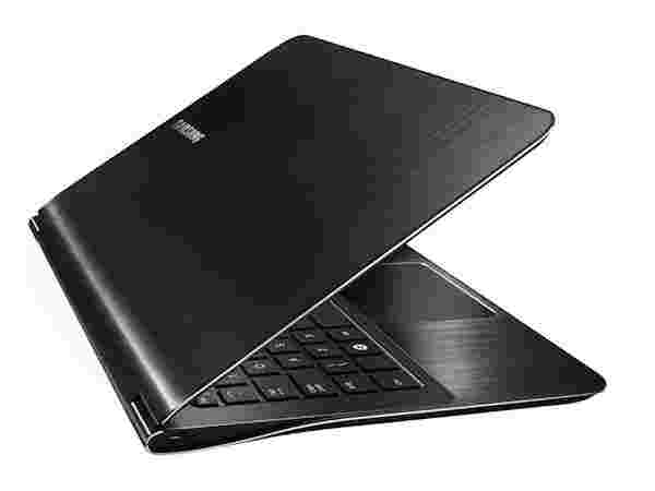 World's lightest 13 inch Notebook