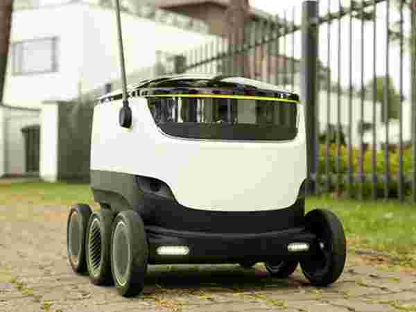 Meet the delivery bot of 21st century!
