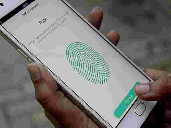 Fingerprint sensor works like TouchID