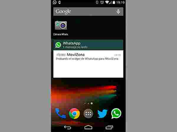 #3: WhatsApp Widget is on the Lock Screen