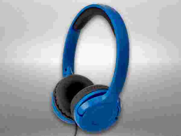AmazonBasics blue On-Ear Headphone