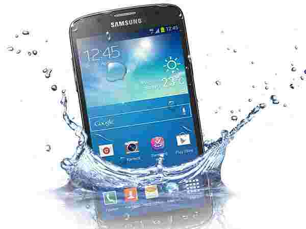 Dropped Phone into Water? Not Getting it Checked by Professional is Restricted