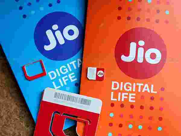 Free access to Reliance Jio's services
