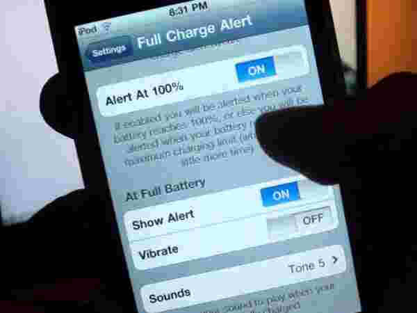 Full Charge Alert with Cydia