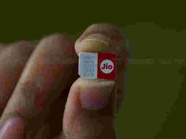 Reliance Jio SIM to be delivered to your doorsteps