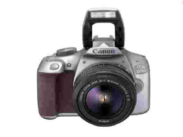 Canon EOS 1300D with 18-55 mm Lens (Rs. 20,099)