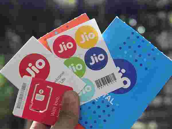 The New Data Packs by Reliance Jio