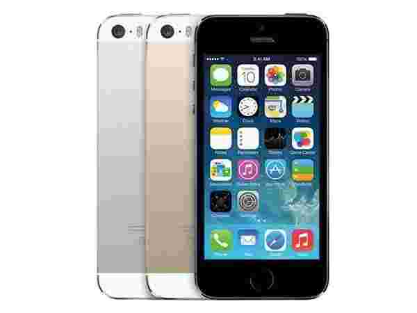 23% off on Apple iPhone 5s (Space Grey, 16GB)