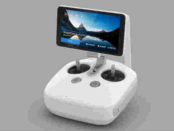 Remote Controller with Built-in Screen