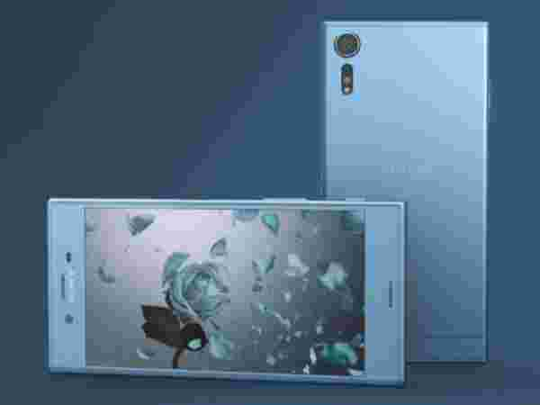Sony Xperia XZs (EMI starts at Rs 4,464.97/month)