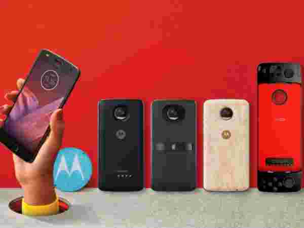 New Moto Mods too go official