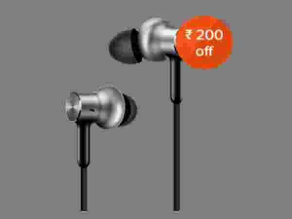 15% off on Mi In-Ear Headphones Pro HD