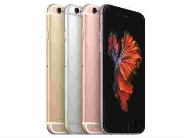 Apple iPhone 6s Plus (EMI starts at Rs 2,186 per month.)